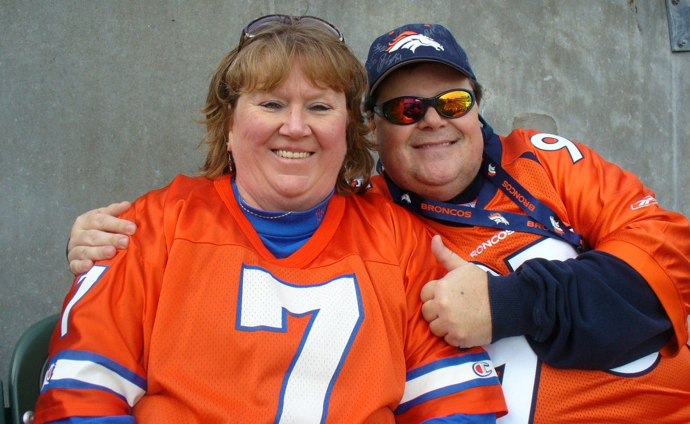 . Scott & Debbie Bosecker rooting the Broncos in to a 31-23 win @ PBS vs.the Bengals!! Scott Bosecker