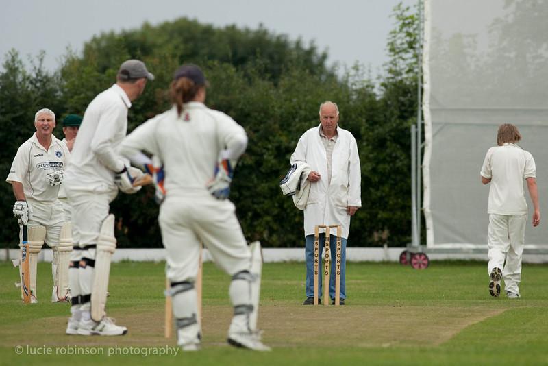 110820 - cricket - 016.jpg