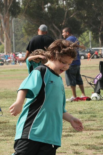 Soccer2011-09-10 10-50-25.JPG