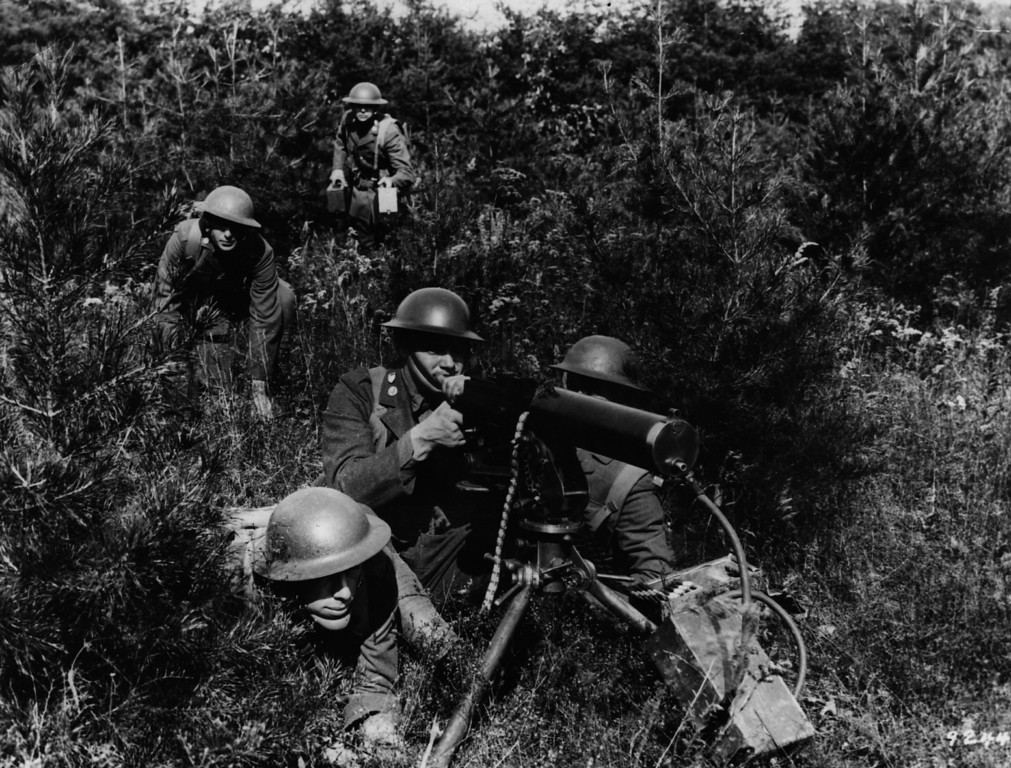 . circa 1917:  An American machine gun post.  (Photo by Hulton Archive/Getty Images)