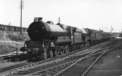 "Robinson Class B3 (GCR Class 9P) ""Lord Faringdon"" 4-6-0s"