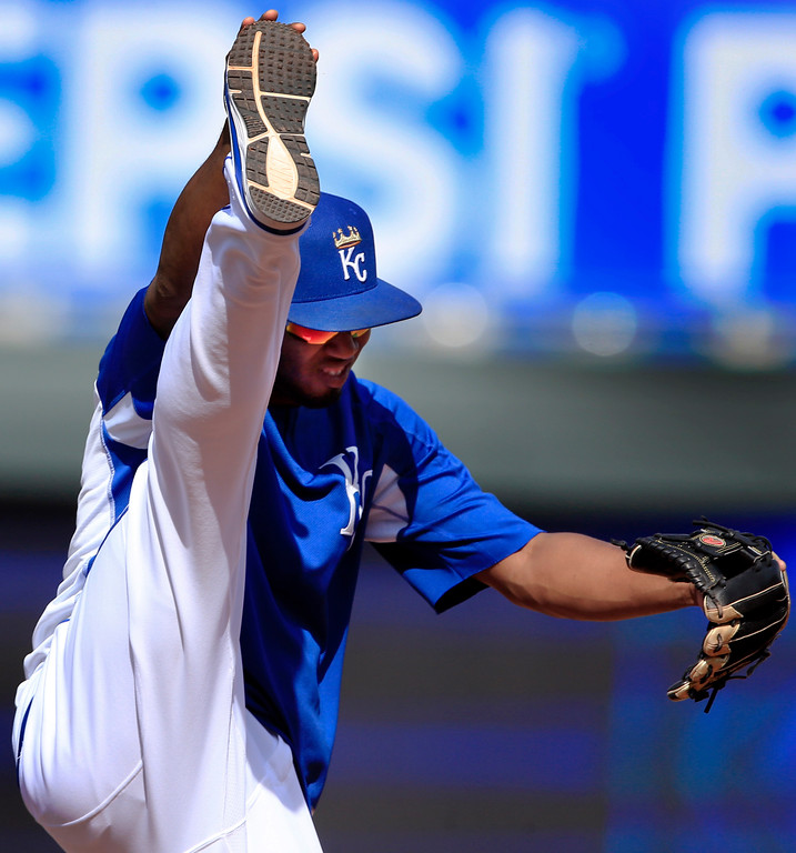. Kansas City Royals shortstop Alcides Escobar stretches before the team\'s baseball game against the Cleveland Indians at Kauffman Stadium in Kansas City, Mo., Friday, June 2, 2017. (AP Photo/Orlin Wagner)