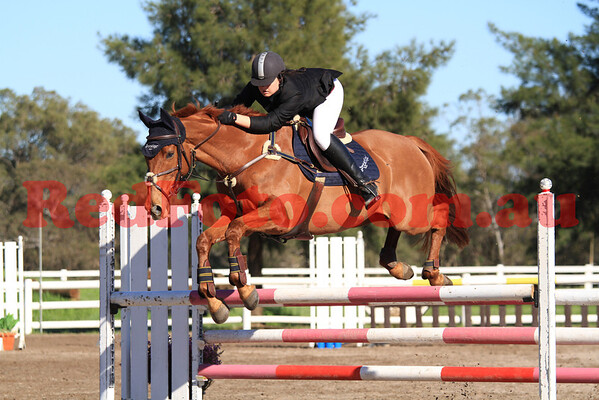 2011 08 27 Swan River ShowJumping 105cm_Open and 6Pts/U_Championship