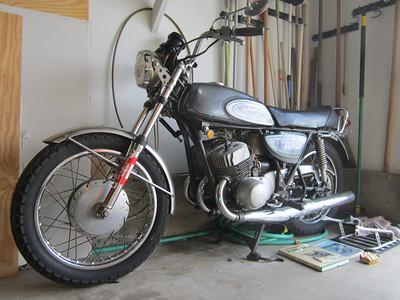 MOTORCYCLE MEMORIES -- My 1970 500cc Kawasaki H1