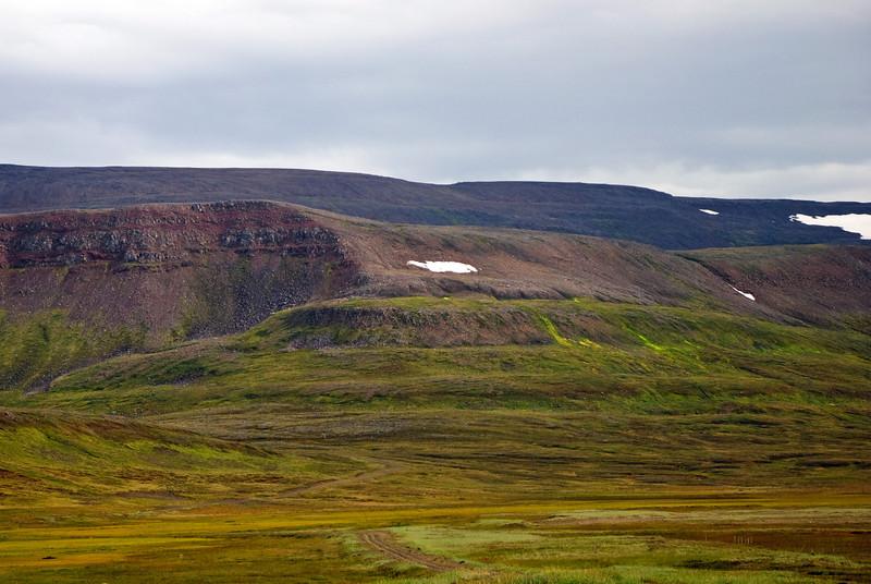 Grafahlíð, leiðin upp á Tunguheiði