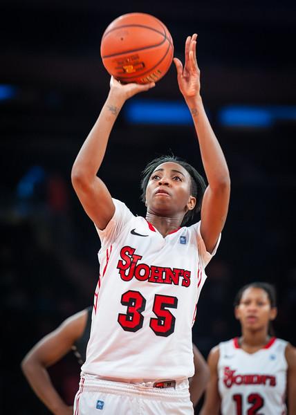 Shenneika Smith #35