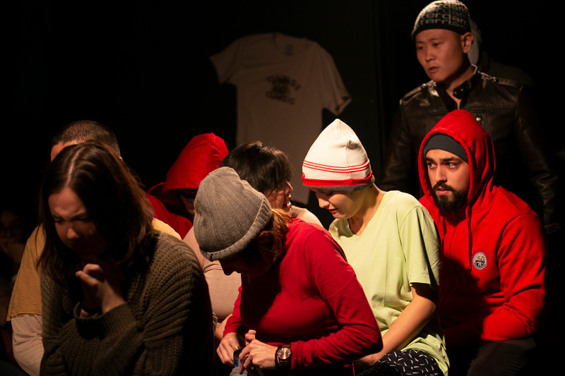 Allan Bravos - Fotografia de Teatro - Indac - Migraaaantes-478.jpg