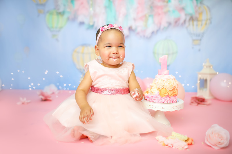 sssenewport_babies_photography_hot_air_balloon_cakesmash-9220-1.jpg