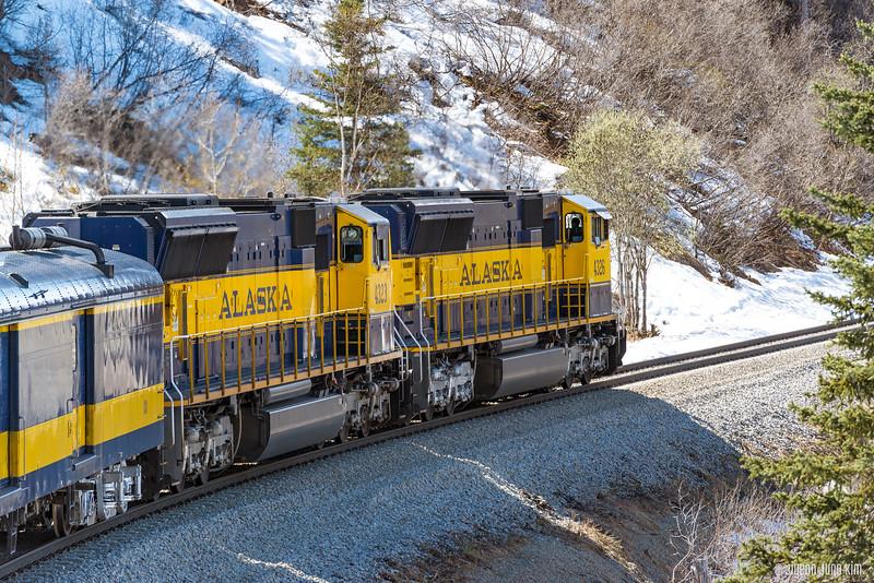 Denali Star Train-6109151-Juno Kim.jpg
