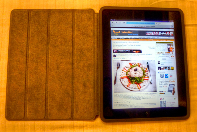 ipad 2 in apple smart case