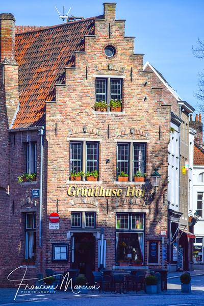 Bruges (231 of 1022).jpg