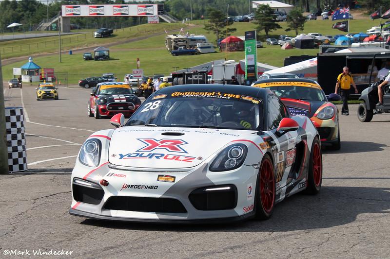 GT RS1 Porsche Cayman GT4 MR