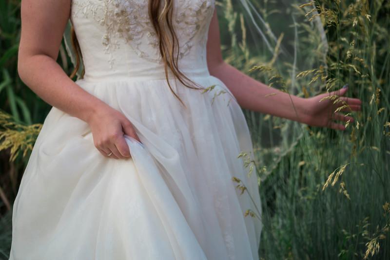 abbie-oliver-bridals-15.jpg