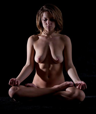 Grace - Nude Yoga 600_434923825.jpeg