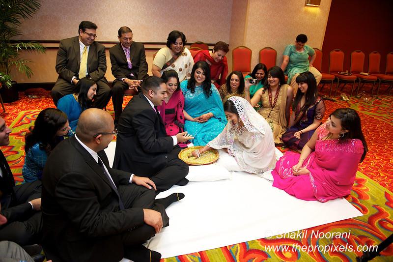 Naziya-Wedding-2013-06-08-01893.JPG