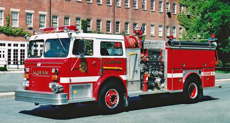 RETIRED  Engine 4 1976 Maxim 1500/750