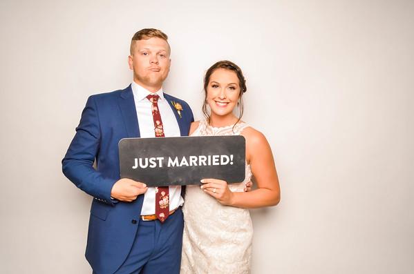 Ashley & Jayce Wedding Photo Station