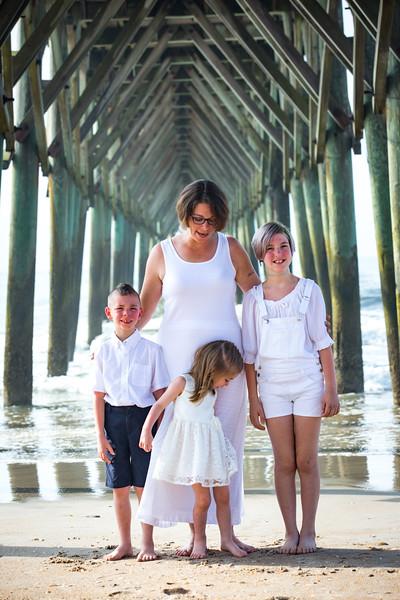 Topsail Island Family Photos-177.jpg
