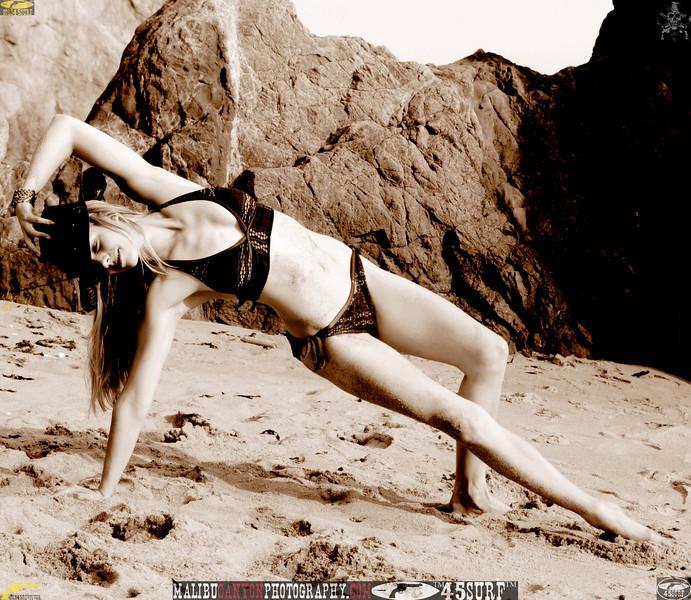 swimsuit model dancer mikini malibu 45surf 459.090....