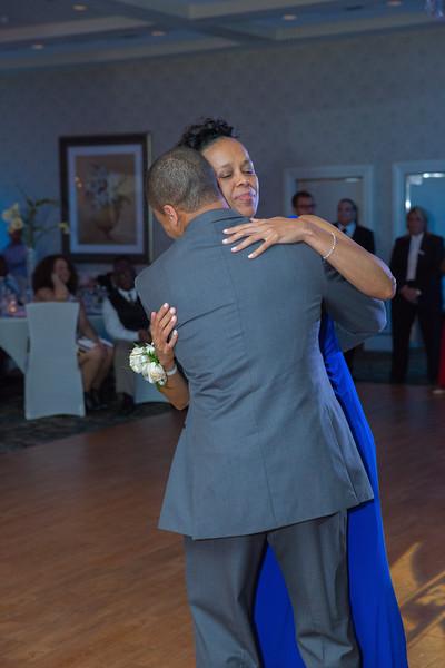 105_speeches_ReadyToGoPRODUCTIONS.com_New York_New Jersey_Wedding_Photographer_J+P (819).jpg