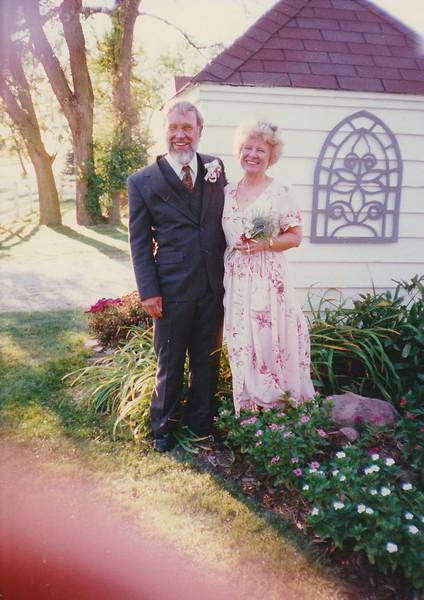 SCN_0054 John Grinstead anfd Lynda Richards on their wedding day October 4 1997.jpg