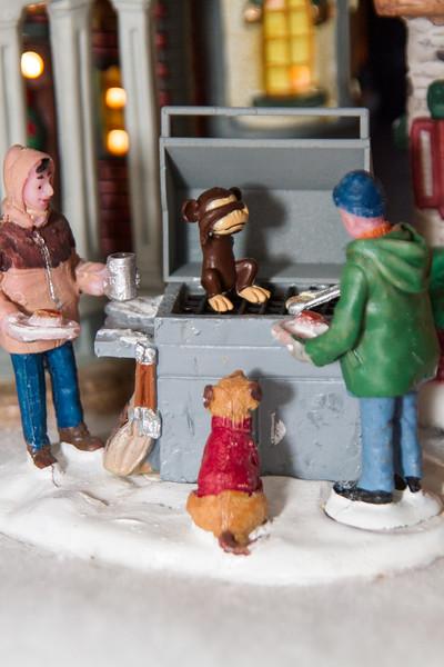 2015-12-Toys in Xmas Land