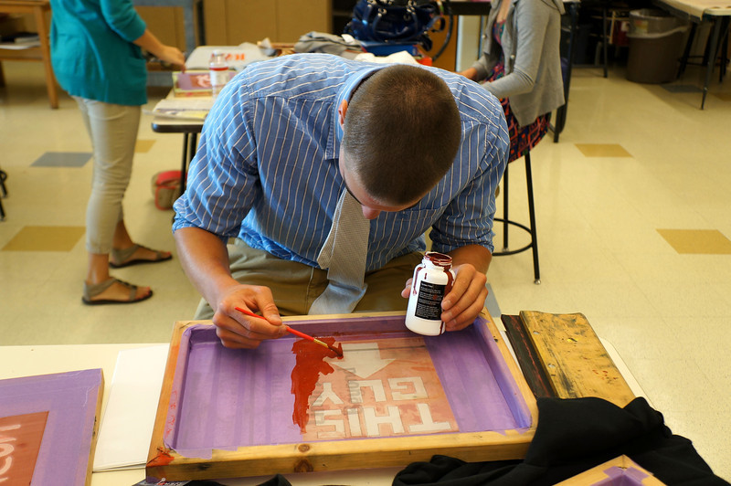 Lutheran-West-Art-Class-Silk-Screen-T-Shirts--September-2012--34.JPG
