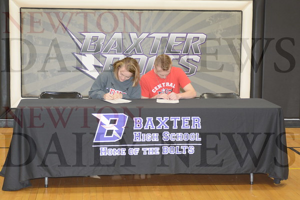 Baxter Thomson Twins Signing 1-24-19