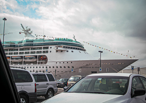 Cruise Vacations: 05, 09, ...