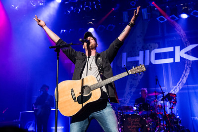 Tim Hicks Theatre Corona 26-01-17