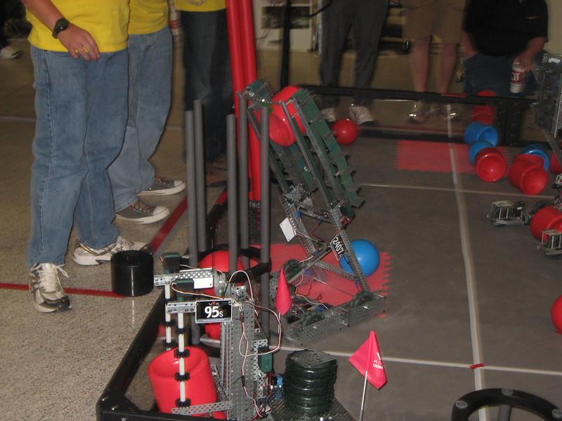 Robo Comp and vid game night 112.JPG