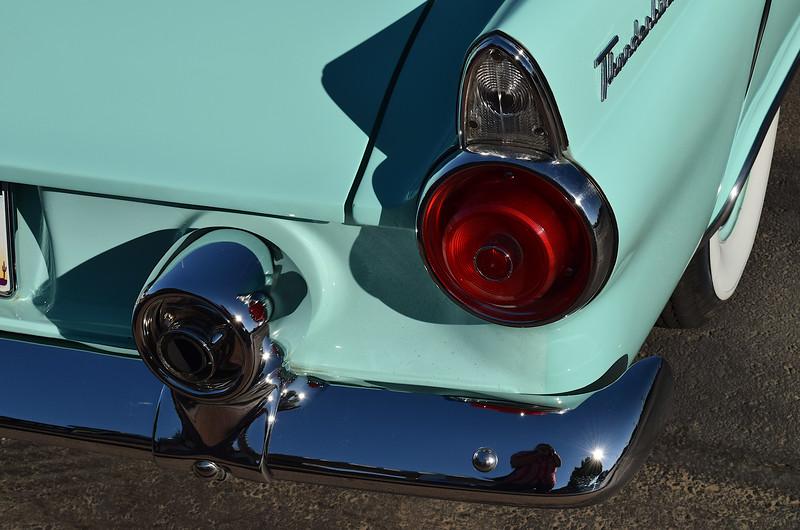 Ford 1955 Thnderbird rr rt detail.JPG