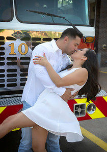 Gabriella & Sebastian engagement photos in Dallas