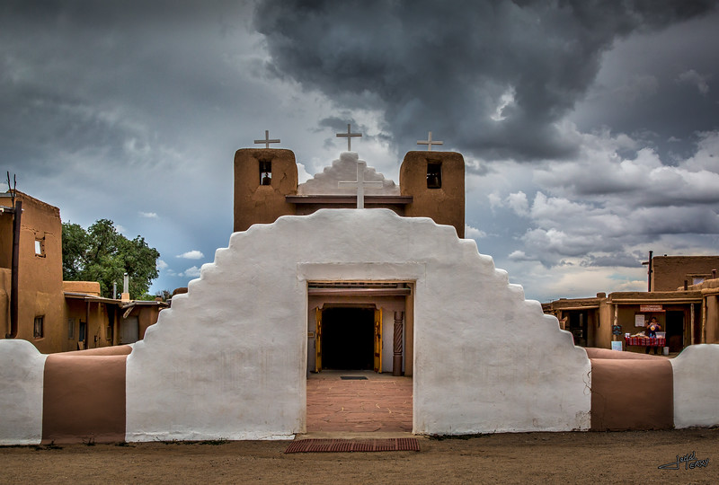 Pueblo Church.jpg