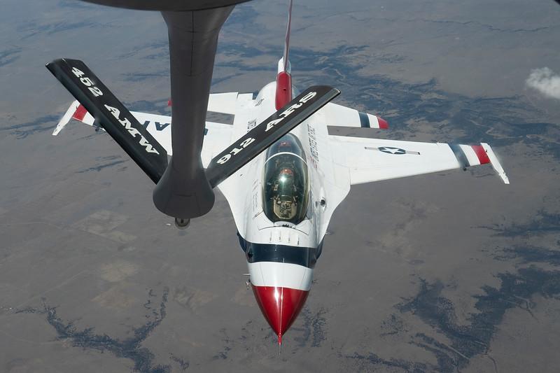 200418-F-UE935-0052