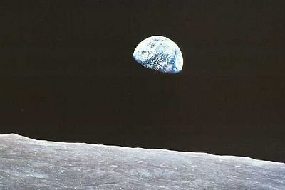 earthrise-apollo8.jpg