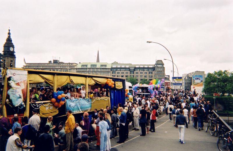parade_3.jpg