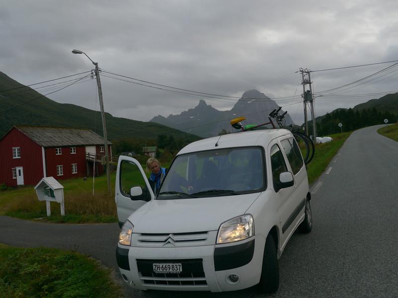 auf der Küstenstrasse von Mo I Rana nach Bodø / @RobAng 2012 / Agskaret, Ågskardet, Nordland, NOR, Norwegen, 40 m ü/M, 06.09.2012 18:21:49