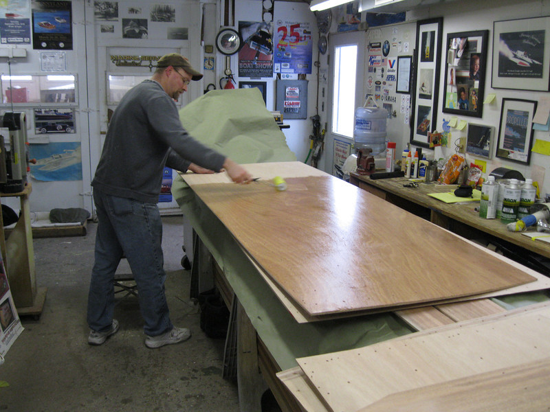 Applying epoxy to the second bottom layer.