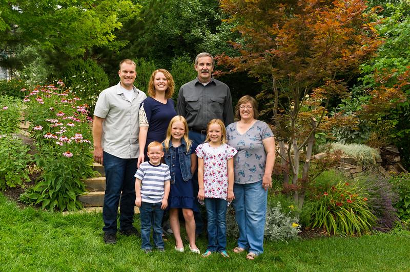 AG_2018_07_Bertele Family Portraits__D3S3806-2.jpg