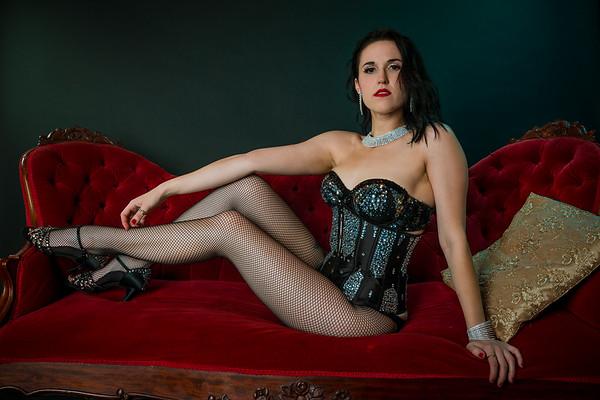 Dahlia Delacroix | Burlesque