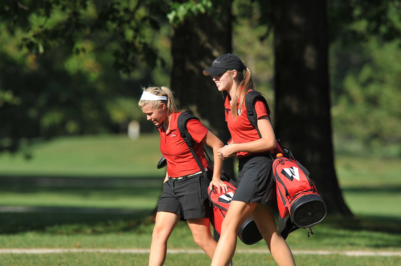 Lutheran-West-Womens-Golf-Sept-2012---c142813-008.jpg