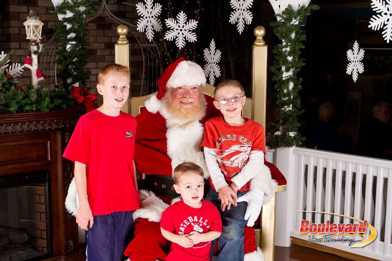 Santa Dec 8-172.jpg