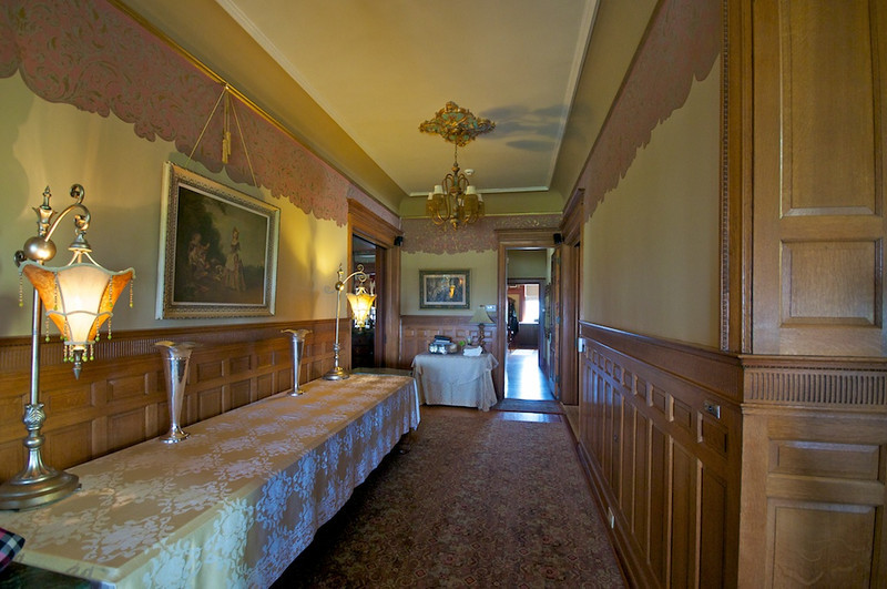 Wiedemann Hill Mansion - main hallway