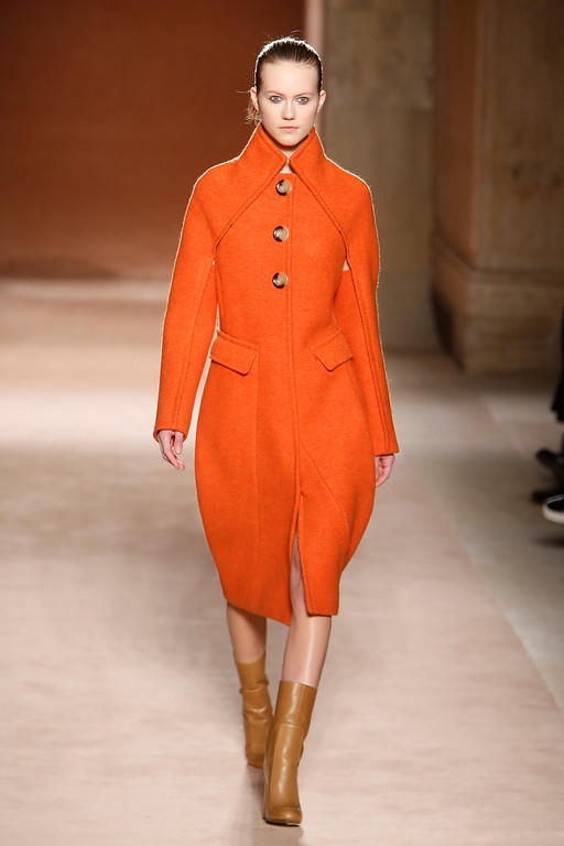 . The Victoria Beckham Fall 2015 collection is modeled during Fashion Week, Sunday, Feb. 15, 2015, in New York. (AP Photo/Jason DeCrow)