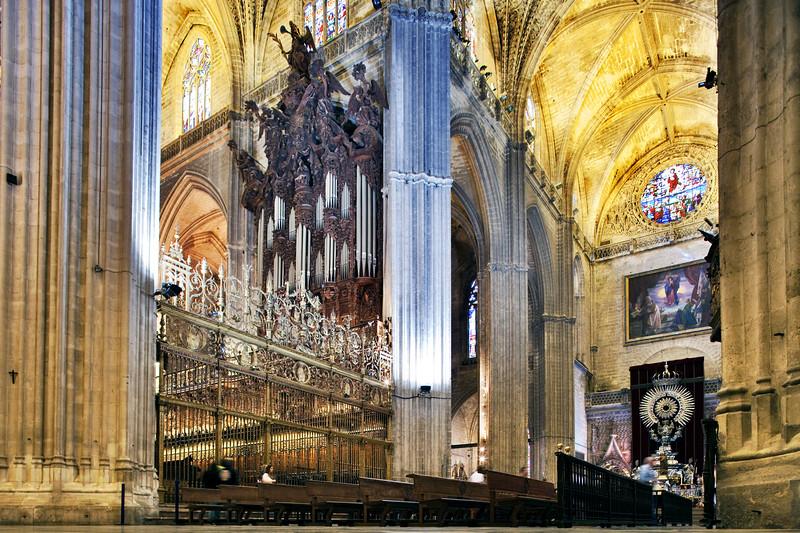 Transept of Santa Maria de la Sede Cathedral, Seville, Spain