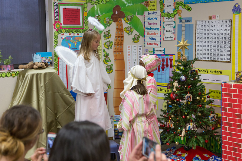 DSR_20141219Julie Christmas Play28.jpg