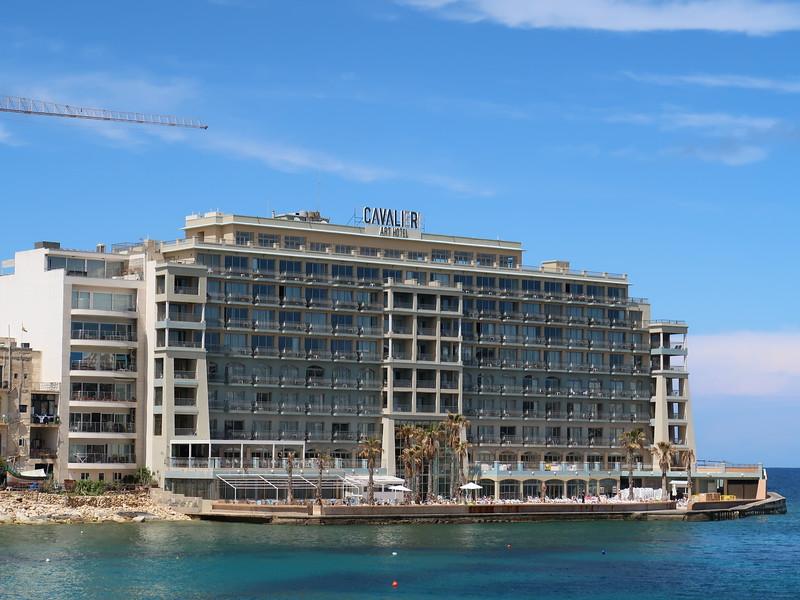 IMG_7519-cavalier-art-hotel.JPG
