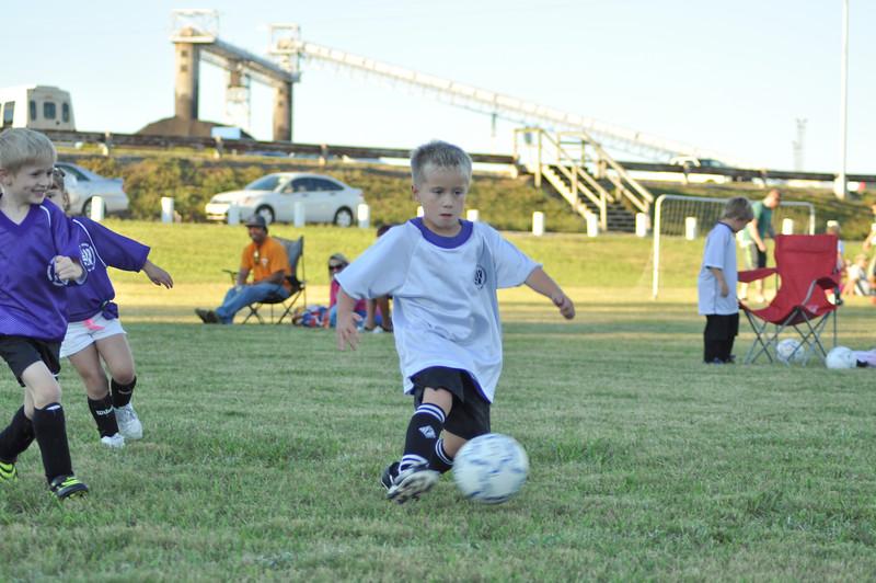 ayso-soccer-game1-0019.jpg