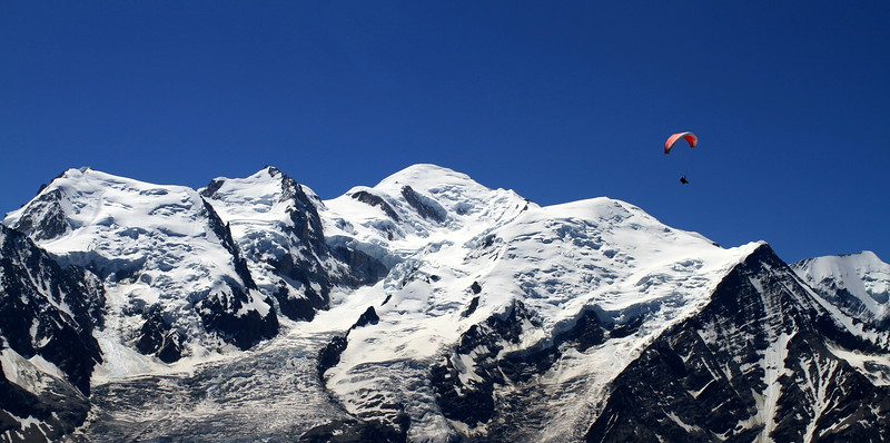 Paragliders and Mont Blanc...